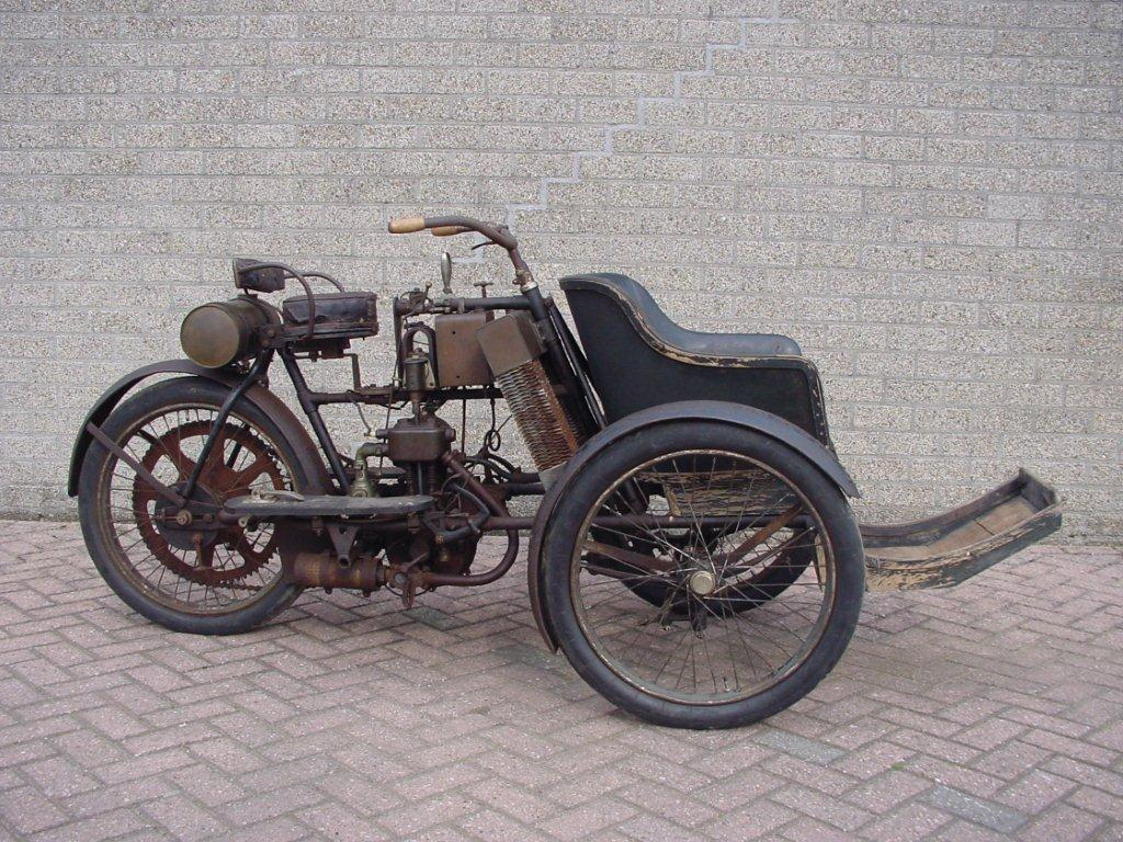 Griffon 1904 Tricycle
