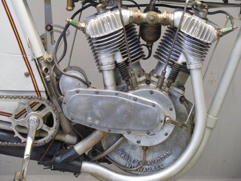 Harley Davidson: Harley Davidson 1913 9E 1000cc 2 Cyl Ioe