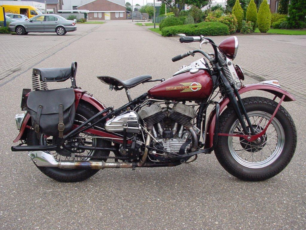 Harley Davidson: Harley Davidson 1946 WLA 750cc 2 Cyl Sv