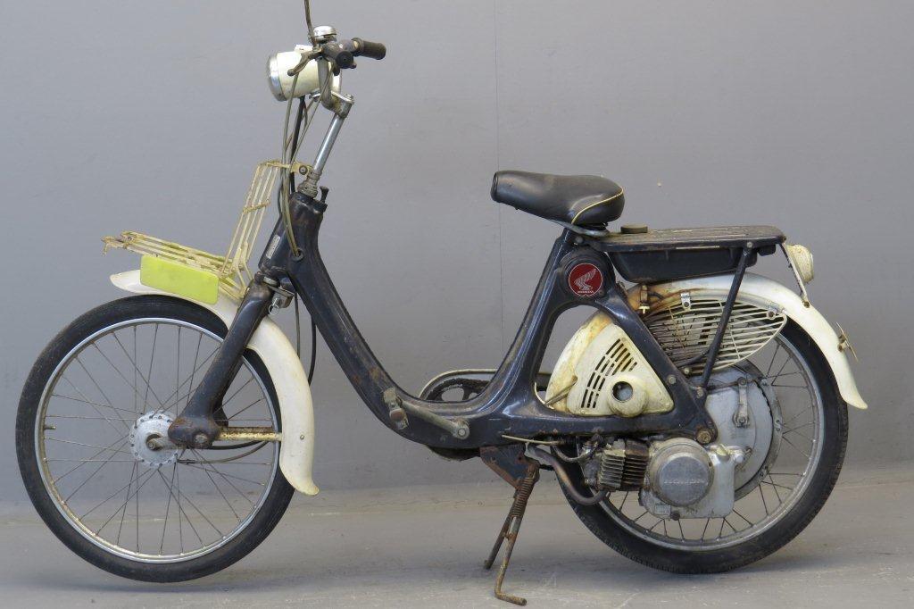 Honda 1966 P50 - Yesterdays
