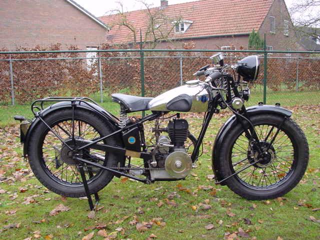 FN 1932 M70 350 cc 1 cyl sv - Yesterdays