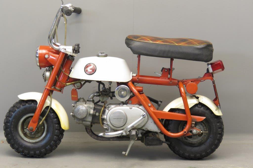 Honda 1967 Monkey Bike 2709 - Yesterdays