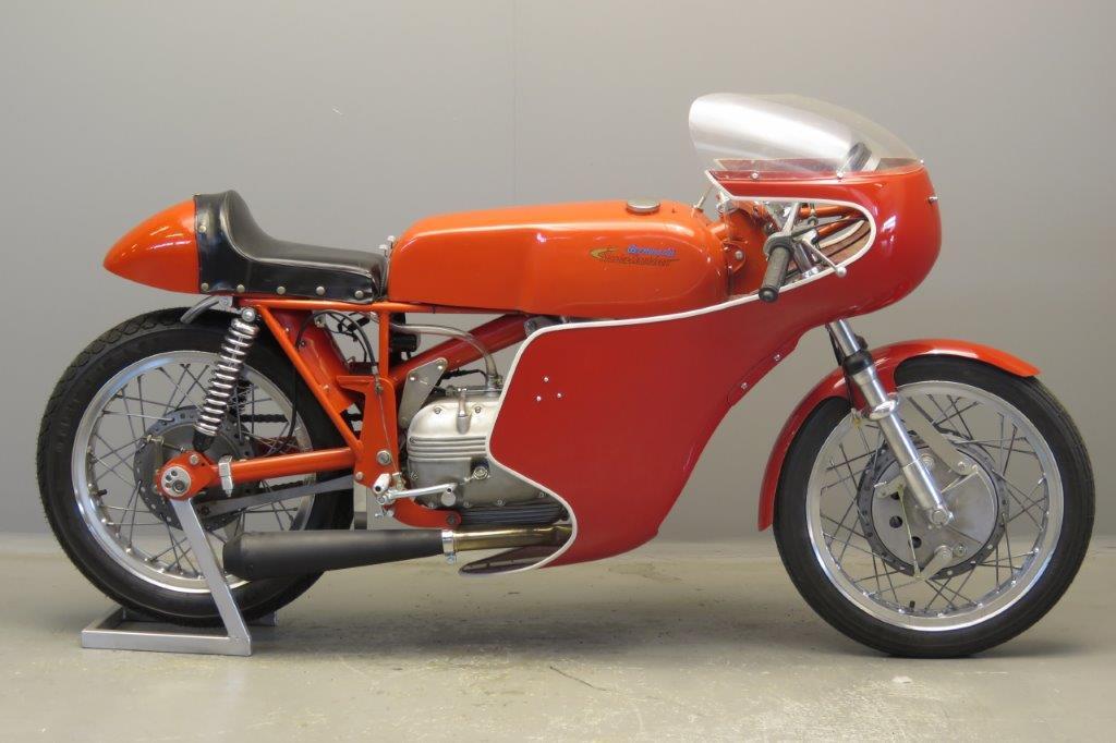 Aermacchi ca 1970 Racer 250cc 1 cyl ohv  2807