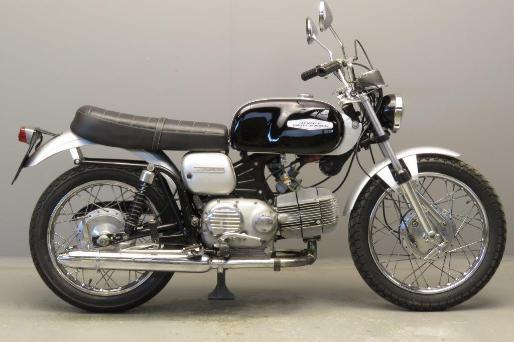 Aermacchi 1972 350cc 1 cyl ohv  2811