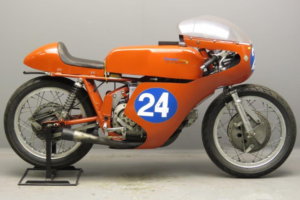 Aermacchi 1968 Ala d'Oro 344cc 1 cyl ohv  2812