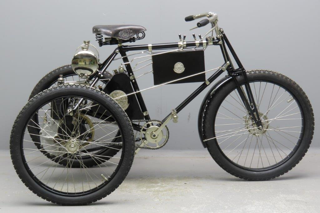 De Dion-Bouton 1899 2 ¾ HP 326 cc AIV tricycle  2903