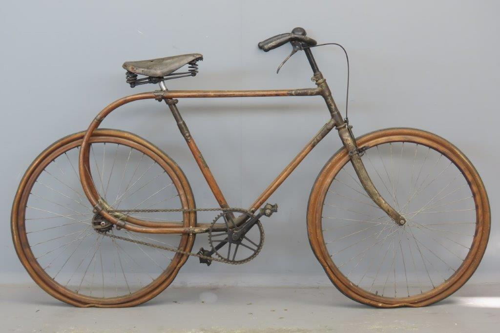 Souplette   Wooden bicycle  2904
