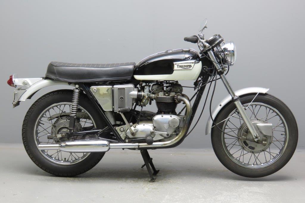 Triumph 1972 Bonneville 549cc 2 cyl ohv  2911