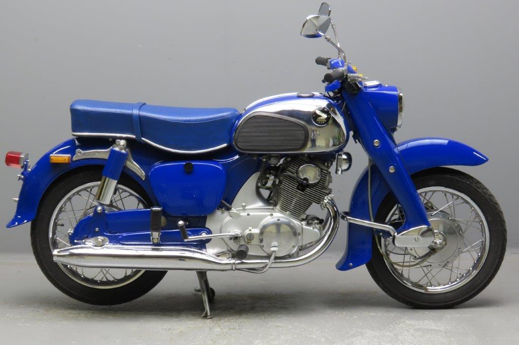 Honda 1964 C72 Dream 305cc 2 cyl ohc  2912