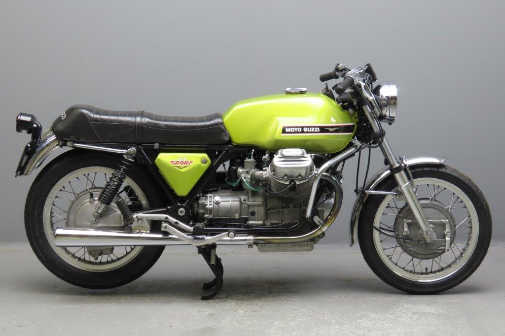 Moto Guzzi 1972 V7 Sport  750cc  2 cyl ohv 2912