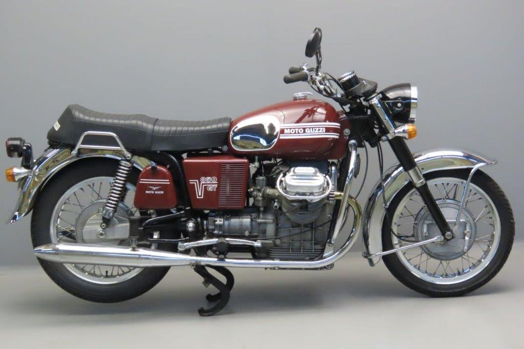 Moto Guzzi 1973 V7 850GT 844cc 2 cyl ohv  3006
